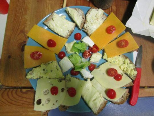 Beispiel für kindliche Selbstbestimmung: selbstgemachtes Abendessen wird auch gegessen