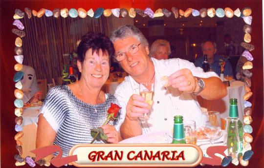 Peter mit seinem Ingerl auf Gran Canara/San Agustin-Jänner 2009