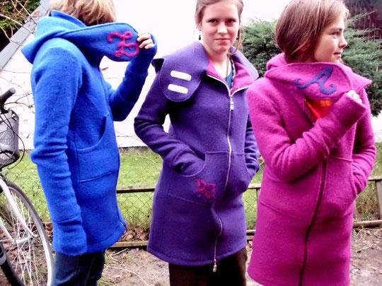 """""""Wir haben uns Walk-Jacken im Bench-Style genäht! Mit Applikation!"""""""