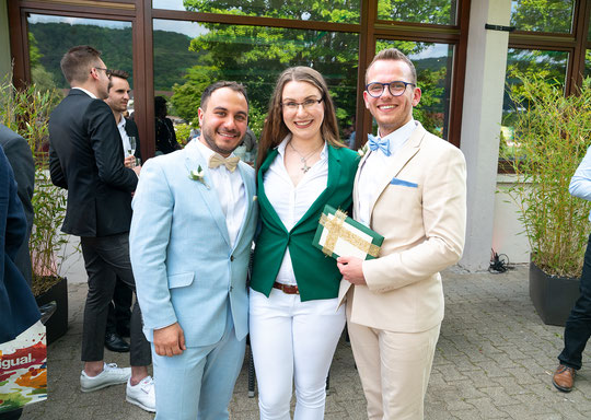Zusammen mit meinen so wundervollen Tunç und Nico - das Bild zauberte Gerald (wedding-gerald.com)