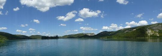Blick auf die Insel mit Kloster Viskovac