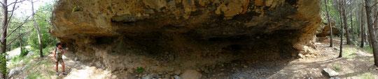 Velica Paklenica Überfallfelsen aus der Schatz im Silbersee