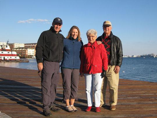 Con mis papás en Baltimore