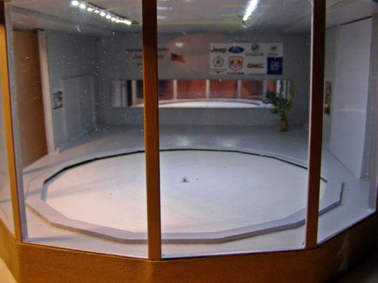 Glas und Inneneinrichtung eingebaut