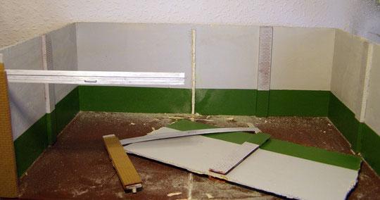 Mittlere Trennwand wieder abgerissen.....