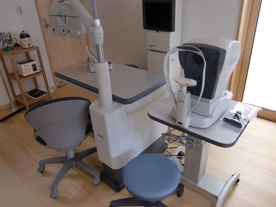 視力測定する機械