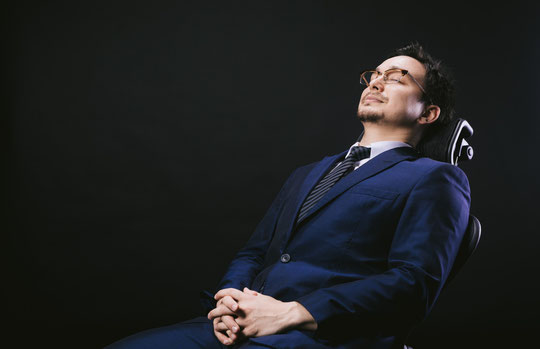 腰椎椎間板ヘルニアで座っているのが辛い奈良県御所市の男性