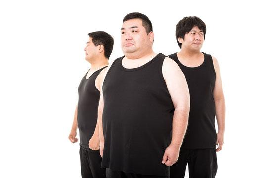 肥満で肩こりの奈良県葛城市の男性