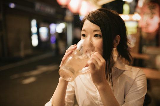 お酒で腰椎ヘルニアが悪化した奈良県葛城市の女性