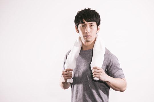 運動不足で首が痛い奈良県御所市の男性