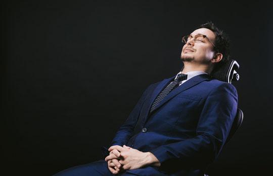 安静で腰痛が治らない奈良県御所市の男性