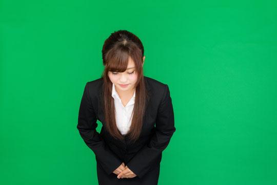 お辞儀で腰痛が出る奈良県大和高田市の女性社員