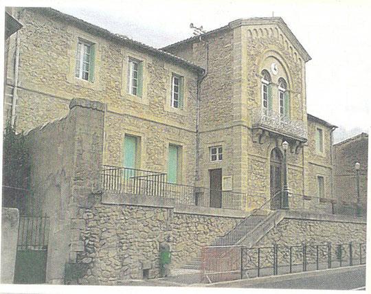 MAISON NATALE DE SERVIN mairie-édole de Saint felix de lodez