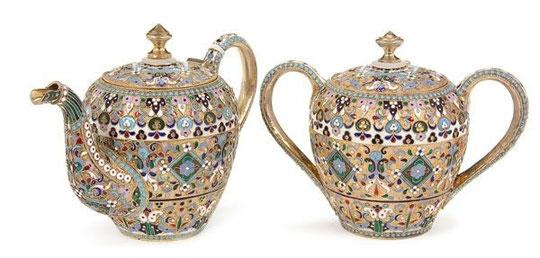 Чайник и сахарница. Серебро, эмаль 1908 г.