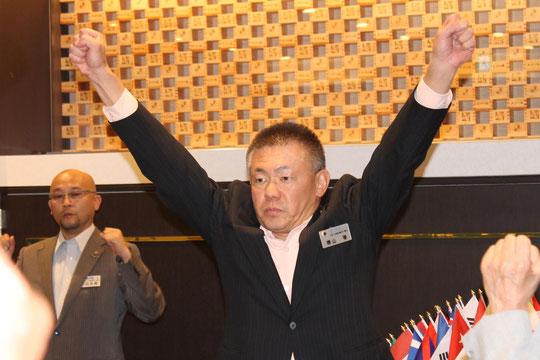 復活の雄叫びをあげる出席委員長 L.横山  等