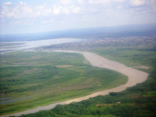 Pucallpa im Hintergrund der Amazonas