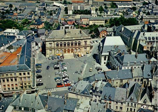 Laon, place Hotel de Ville