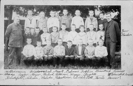 Klassenfoto um 1900
