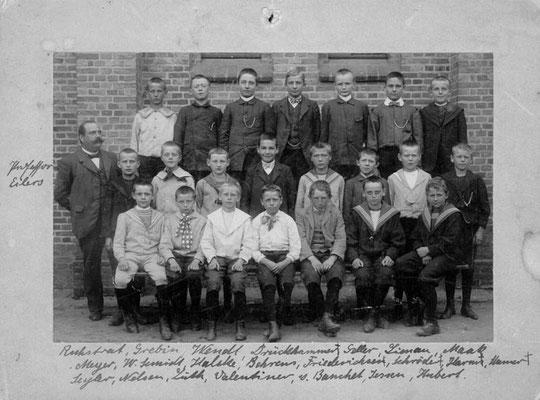 Klassenfoto um 1905
