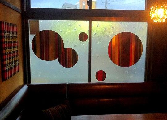コーディロイのような質感のガラス絵