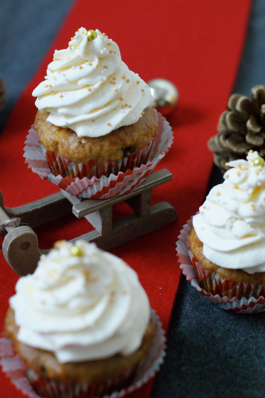 Bratapfelmuffins mit Amaretto-Topping