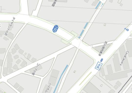 横断歩道橋設置場所の周辺地図