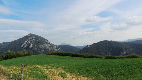 La Cardou, le Bugarach et le château de Blanchefort