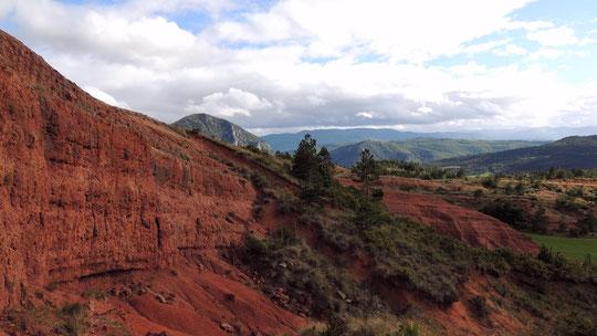 Les terres rouges à Peyroles