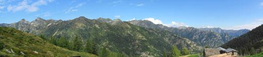 Panoramica dall'Alpe Sorbella m. 1636