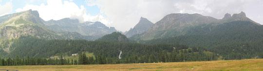 Dall'Alpe Veglia, a destra le Torri del Veglia