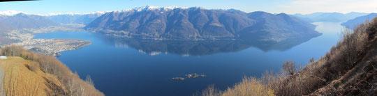 Il lago Maggiore, a sinistra Locarno e Ascona