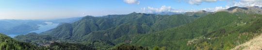 Panoramica con il lago d'Orta a sinistra