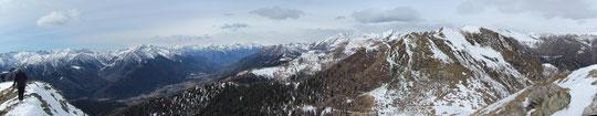 La Val Vigezzo (sulla sinistra) dal Monte Ziccher