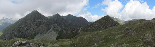 Veduta dal lago di Pianelli