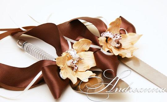 Украшение для лопатки и ножа «Горячий шоколад» стоимость 200грн.(цветы ручной работы)