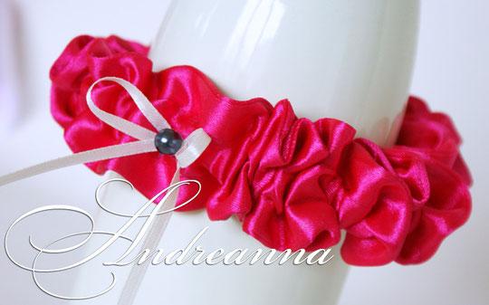 Подвязка «pink and black», стоимость 150 грн (в любом цвете).