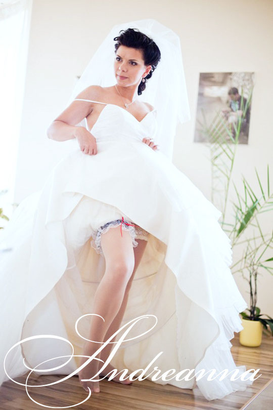 Свадебная подвязка «круиз» с якоречком, стоимость 200грн 26$