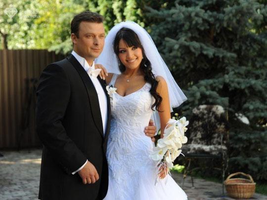 """Алина Завальская (группа """"Алиби"""") и Александр Колодий, ведущий телеканала """"ИНТЕР""""."""