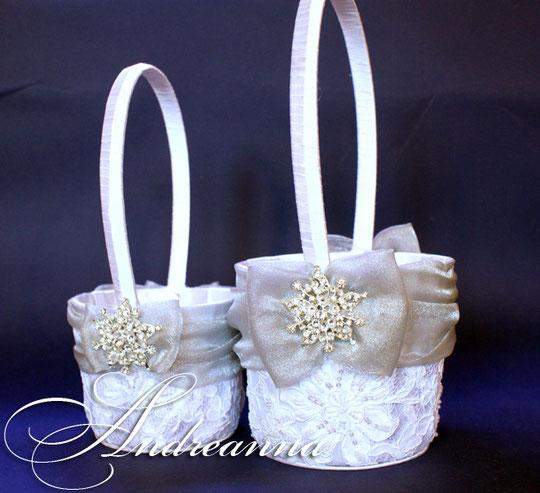 корзиночки для лепестков роз  «Снежная королева» стоимость 1шт. 350грн.