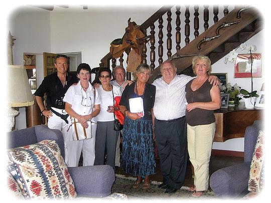 Christian Cadoppi, Christiane, Silvi, José, Daniela, Patxi y Françoise Lacan, casa de campo « Mariano-Ko-Etchea » Arcangues, septiembre 2009  ( foto Armando Suárez )
