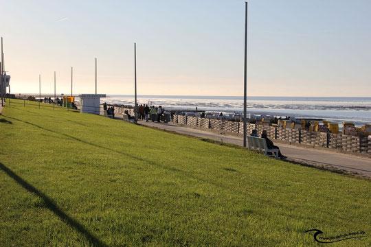 Cuxhaven Duhnen an der Promenade am Nordseestrand
