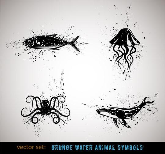 インクで汚れた海の生物のペン画 Grunge water animal symbols