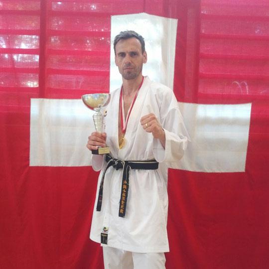 Akatsuki Dojo Karate MMA (Marco Kuster, Dzek Djordic Schweizermeister)