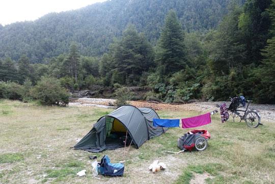 Spot camping termas El Amarillio