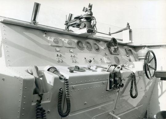 """Brücke des S """"Strahl"""" mit Torpedo-Zielvorrichtung - Bild: Archiv Brunsbach"""