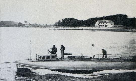 """Versuchsboot """"K"""" – Bild aus Fock: """"Schnellboote Bd. 1"""""""