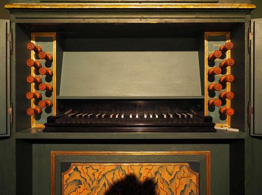 Spielschrank der Migend-Marx-Orgel in Ringenwalde (Uckermark). - Copyright: Dieter Glös, Angermünde