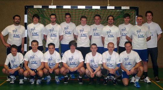 1.Herren - Saison 2012/13 - Neue Aufwärmshirts !
