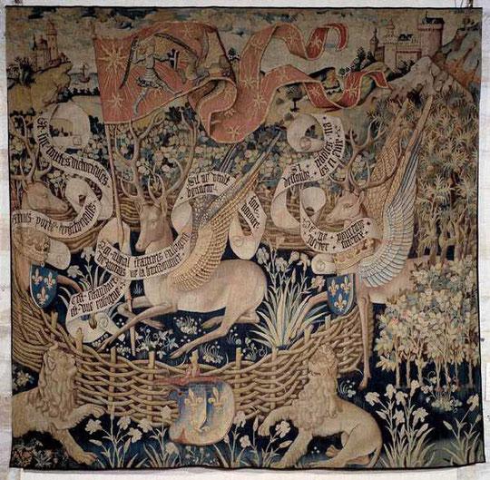 Cerfs Ailés  Tapisserie conservée au Musée départemental des Antiquités de Rouen,