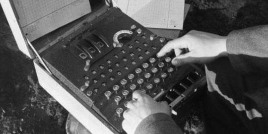 Une machine Enigma, utilisée par l'armée allemande pour crypter ses communications durant la seconde guerre mondiale.